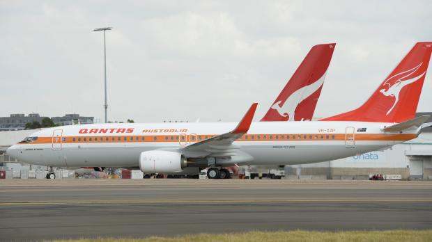 Article image for Longest serving QANTAS pilot retires