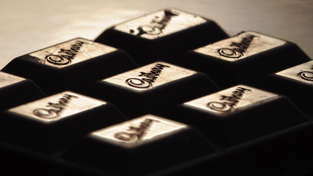 Article image for Cadbury reduces the size of family block chocolate but maintains the price