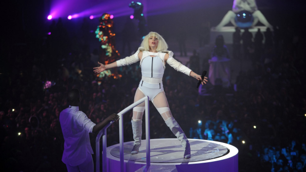 Article image for Lady Gaga's performance of Sound of Music rated better than Julie Andrews'