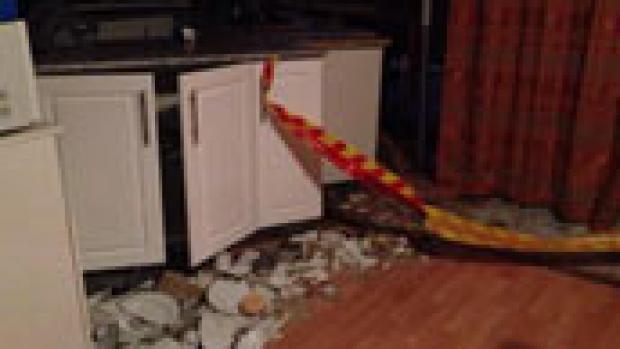 Article image for 72yr old escapes kitchen crash