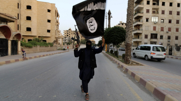 Article image for Should Aussies fighting for ISIS in Syria and Iraq be allowed to come home?