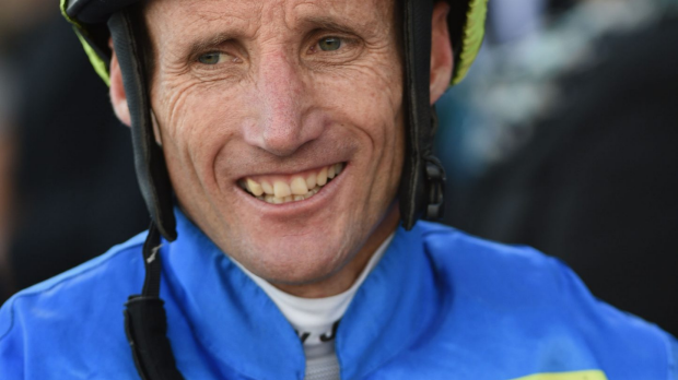 Article image for Champion Jockey Damien Oliver continues to set records