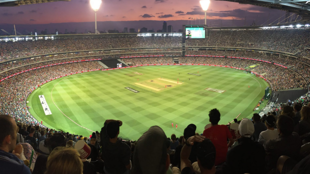 Article image for Record crowd watch Stars defeat Renegades in Melbourne derby at MCG