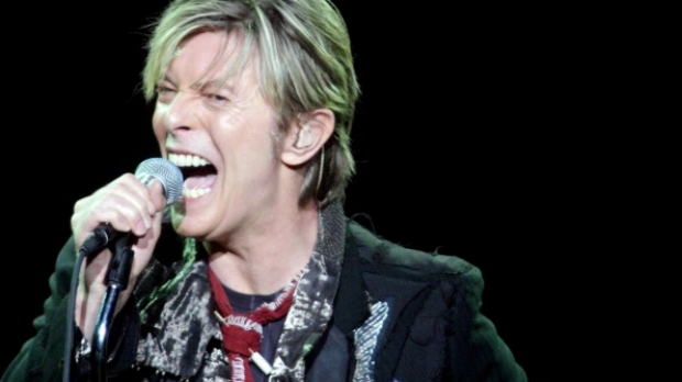 Article image for David Bowie loses battle with cancer