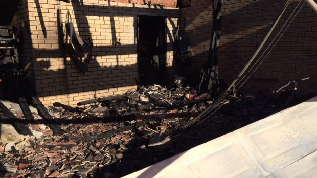 Article image for Slim Jim and the Phatts lead singer's home goes up in flames