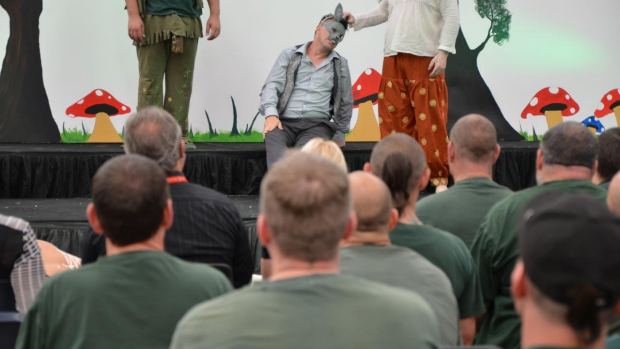 Article image for Prisoners take on performing arts