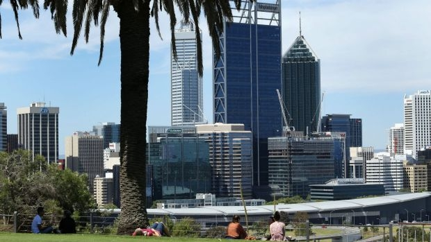 Article image for Premier pushes big city tourism strategy