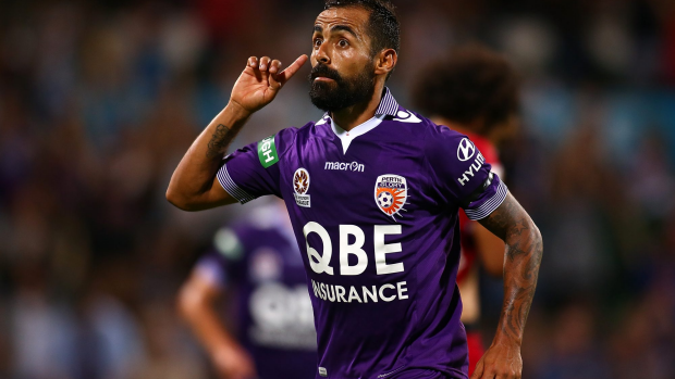 Article image for Glory on verge of re-signing Castro and Lowe