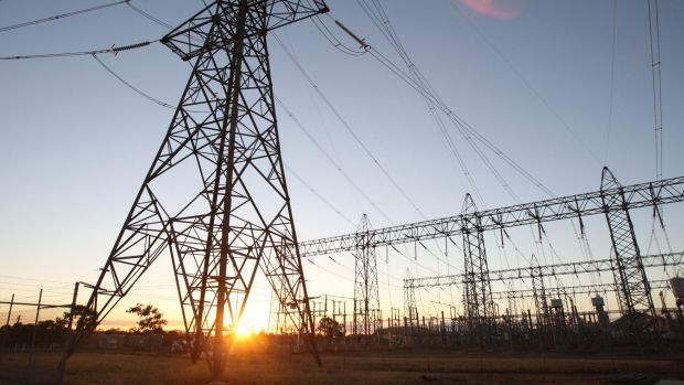 Article image for Nahan says 'don't bloody panic' over energy bills