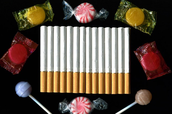 Government set to ban fruit-flavoured cigarettes