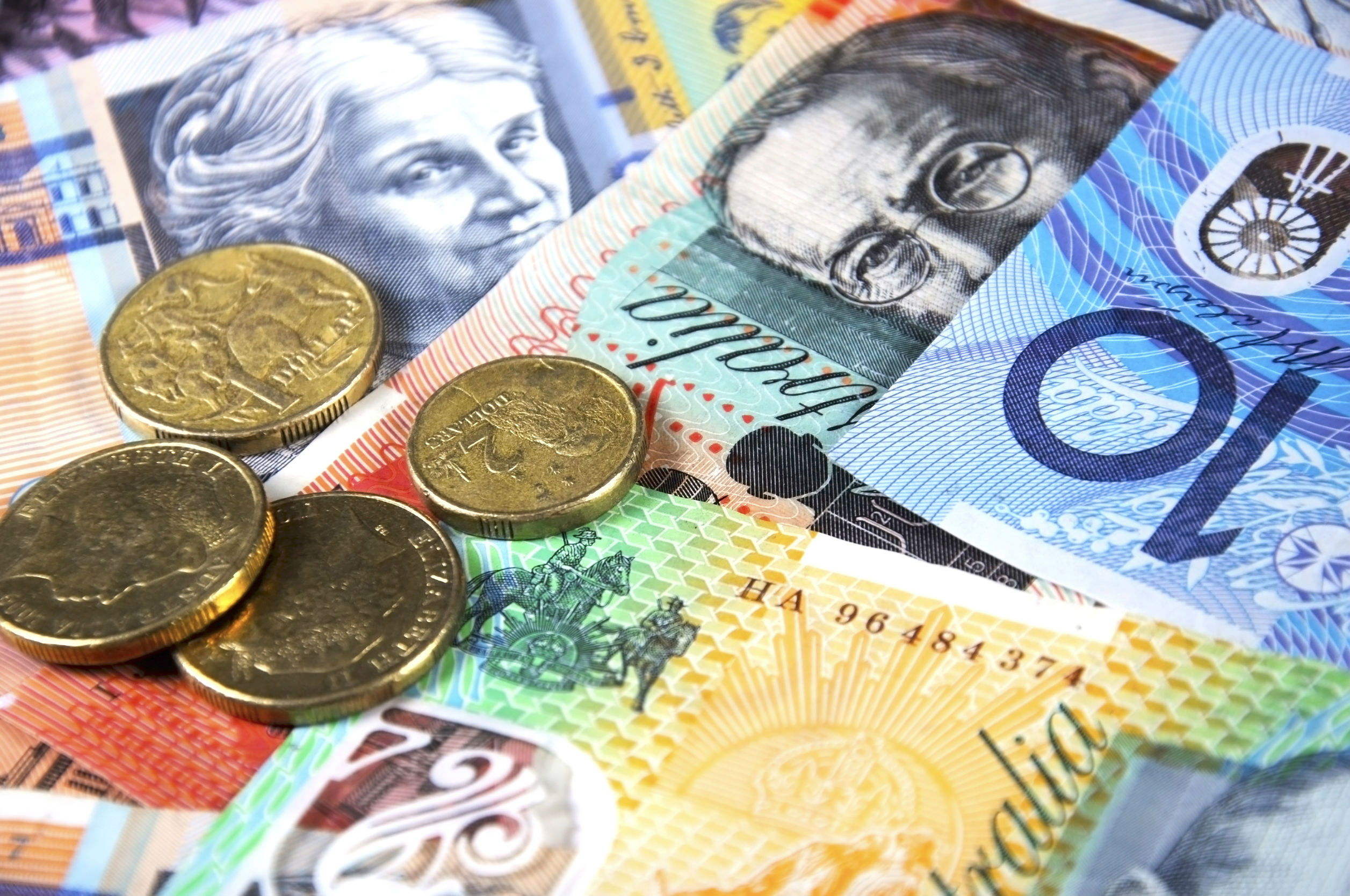 One in six Aussies struggling with bills