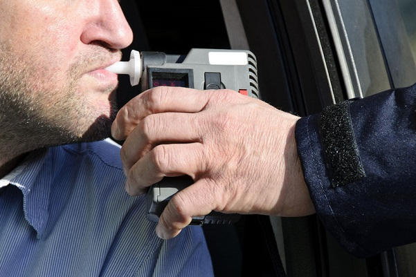 Police expected to breath test 300,000 fewer drivers