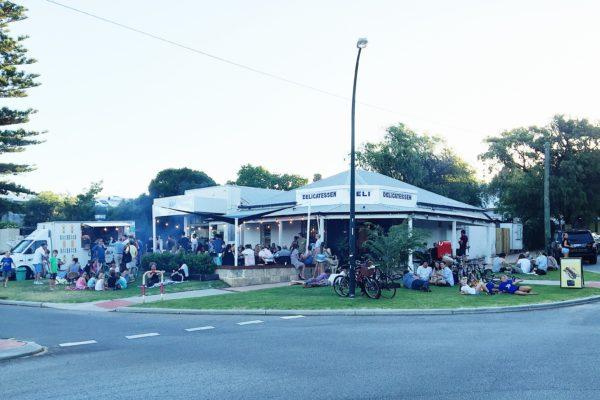 Proposed $1.1 million bike lane in Cottesloe divides residents