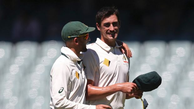 Article image for Mitch Starc leaves the field after collision in the field