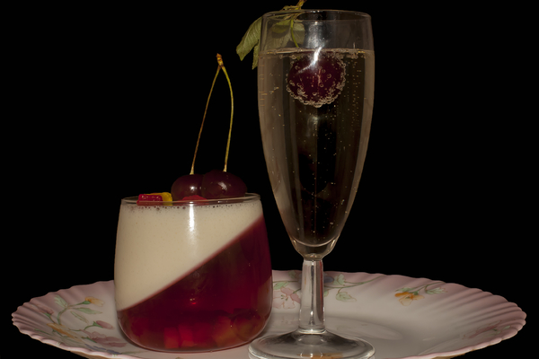 Fresh Finesse – Cherries in Champagne Jelly