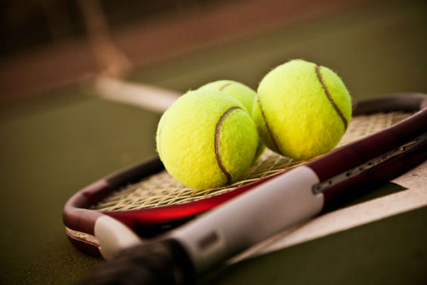 Article image for 6PR's tennis expert stranded in London