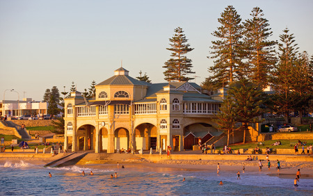 How the suburb of Cottesloe has evolved