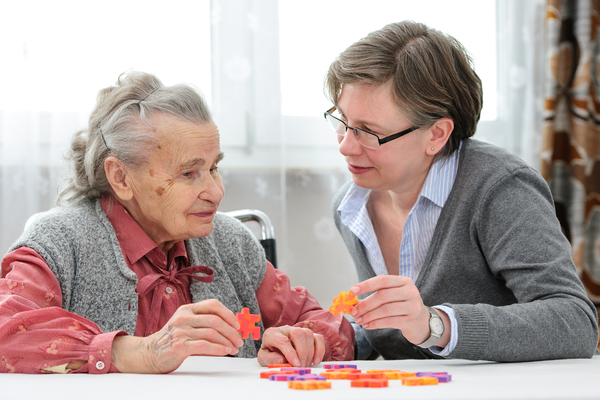 HomeGrown: Electrical Stimulation May Delay Dementia