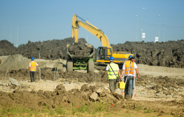 People urged to 'dial before you dig' to avoid costly errors