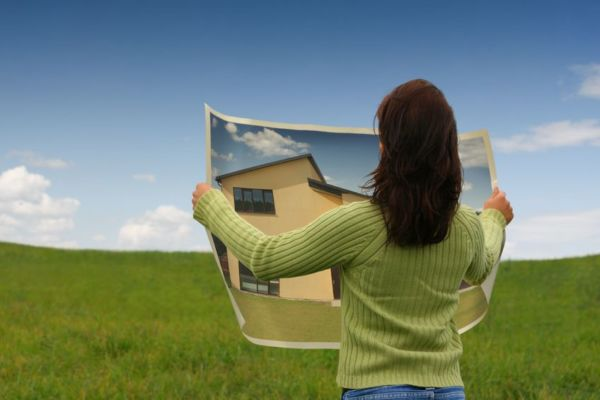 Ladies leading property investment charge
