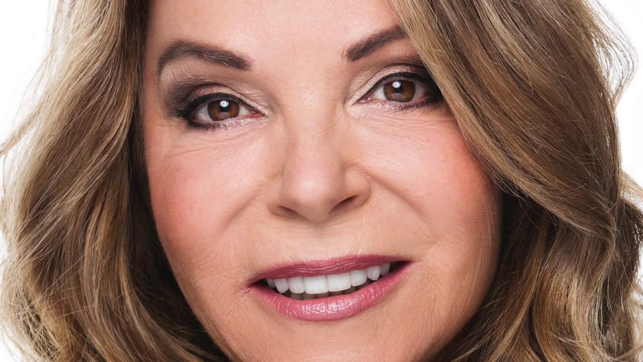 Entertainment Reporter Sandy Kaye
