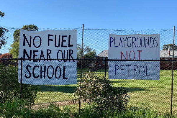 Eden Hill Primary School Parents say NO to a Petrol Station