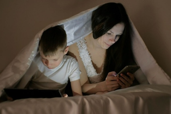 Could family data plans be contributing to kids spending too much time in front of screens?