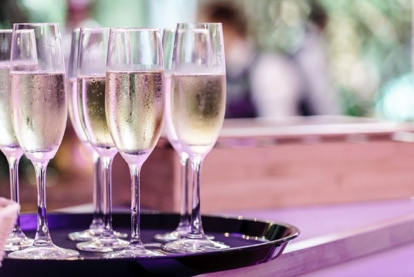 Are you drinking your bubbly wrong?