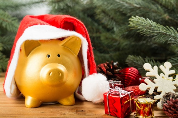 How to avoid overspending this Christmas