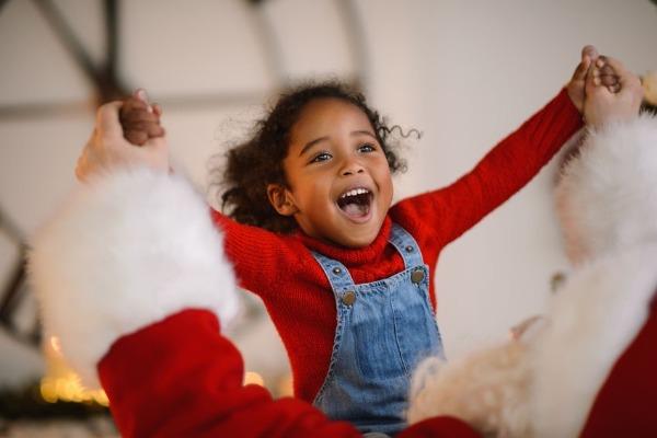 Is it healthy for kids to believe in Santa?