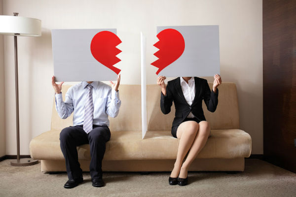People are googling divorce at staggering rates, but why?