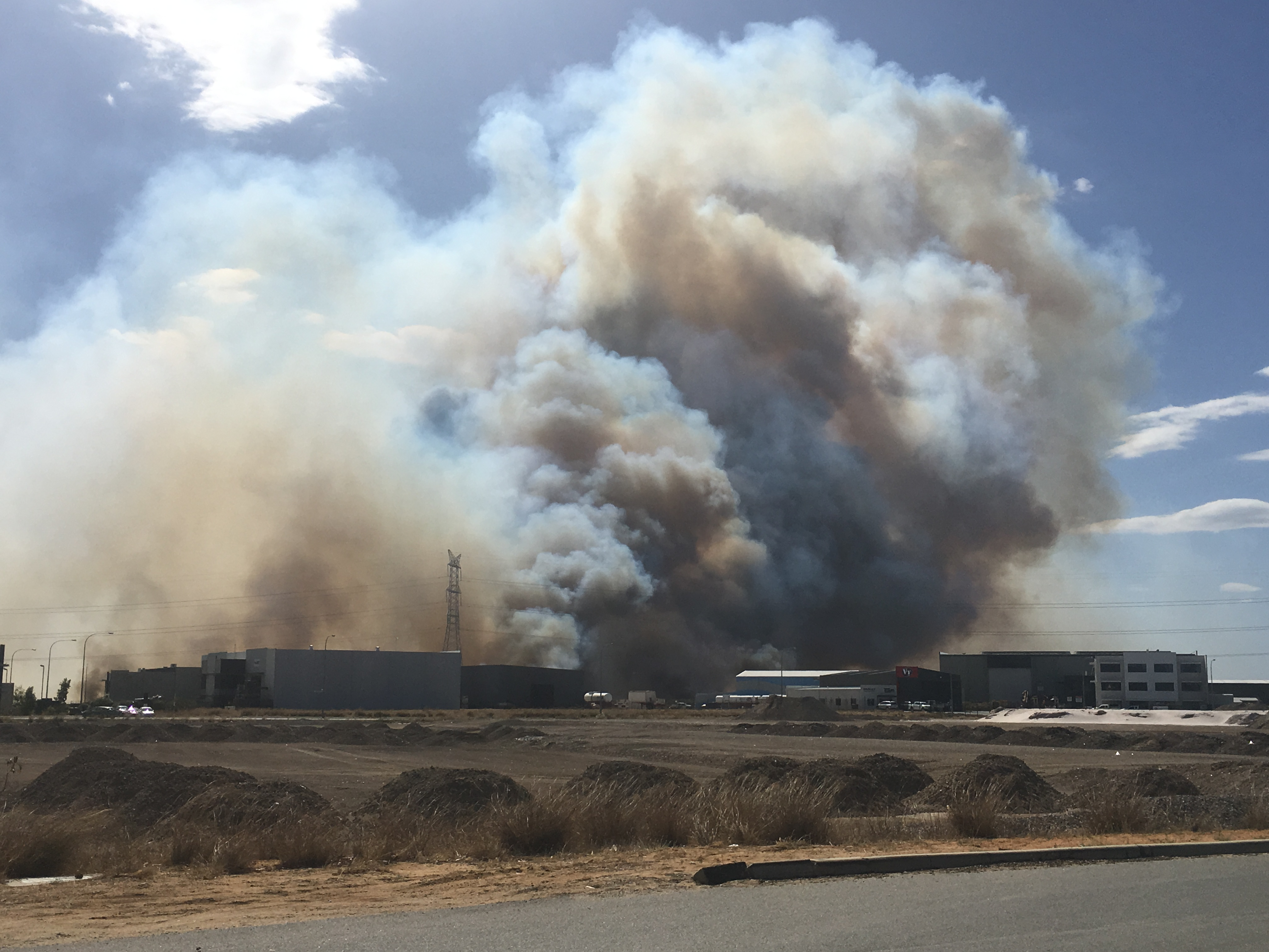 Article image for Flare ups a possibility for Forrestdale Fires