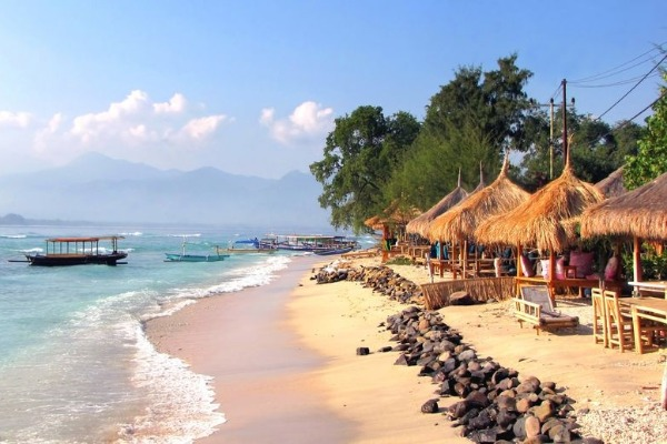 Scratch your travel itch with Grumpy in Lombok