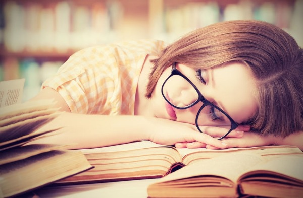 Weekend catch-up won't pay off your sleep debt