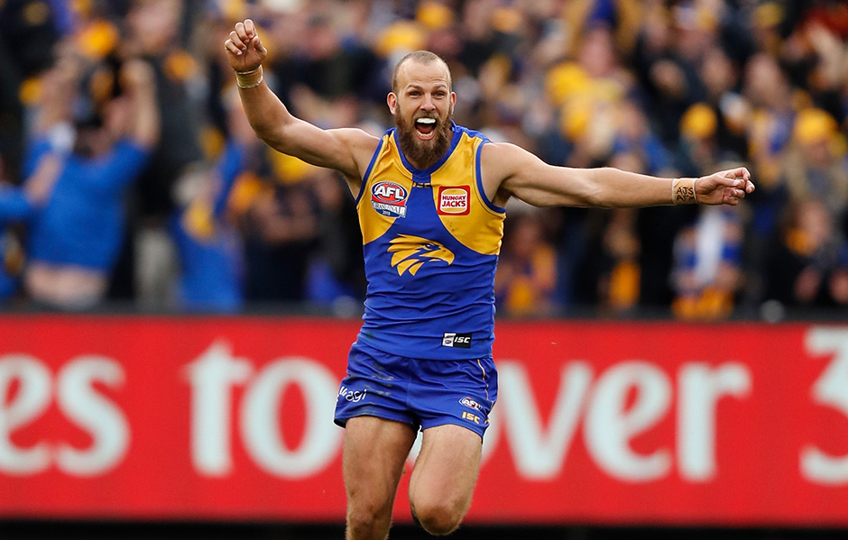 The man who hasn't missed a AFL Grand Final in 70 years!