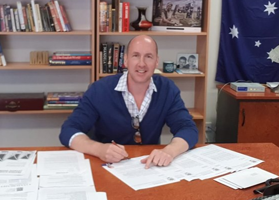 Charles Smith MLC under fire for Covid-19 exchange