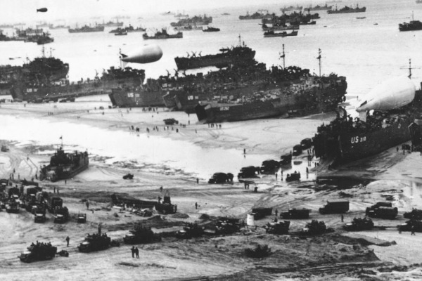 Remembering Australians in D-Day with historian Graham McKenzie-Smith