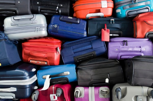 26 suitcases of clothes thrown out PER MINUTE in Australia