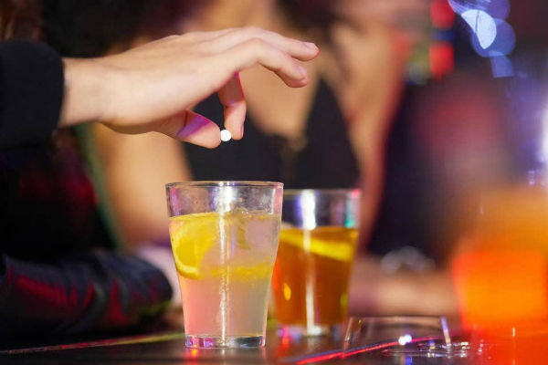 Listeners tell their stories of drink spiking
