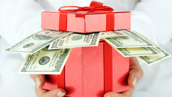 How can you stay on top of your Christmas spending?