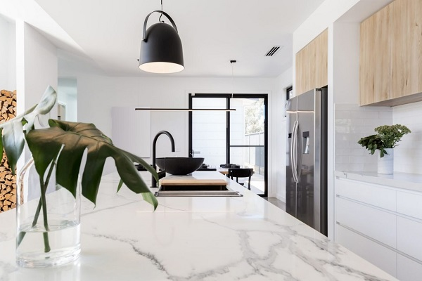 Calls to ban engineered stone benchtops to save our tradies