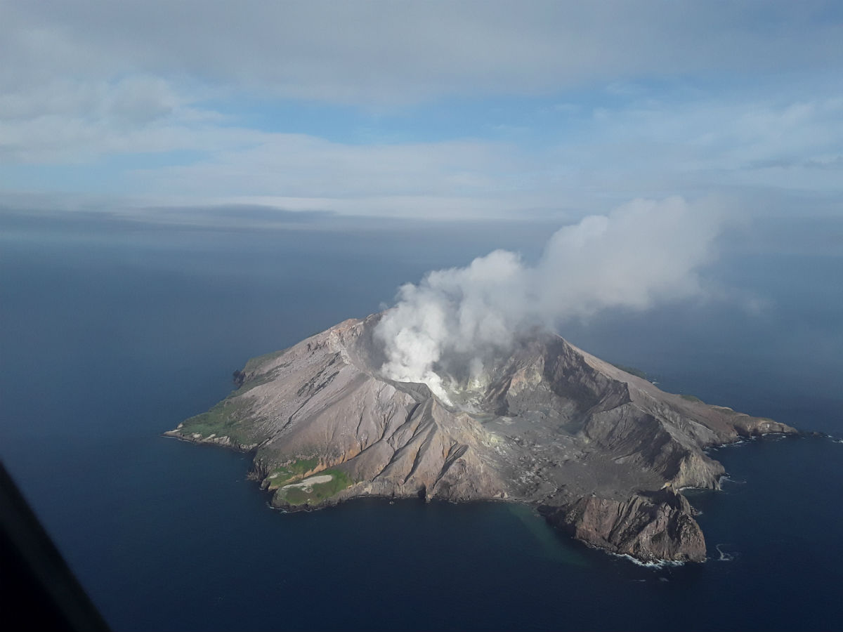 Australians caught up in NZ volcano eruption