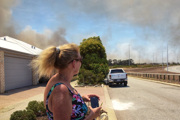 Yanchep fire controlled not contained; 737 could be sent back to NSW
