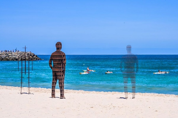 Sculpture by the sea guests asked to contribute to keep event afloat