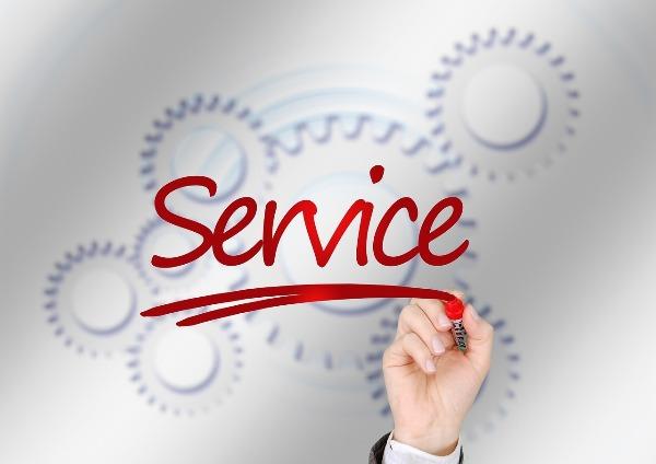 Customer service with Chris Smoje