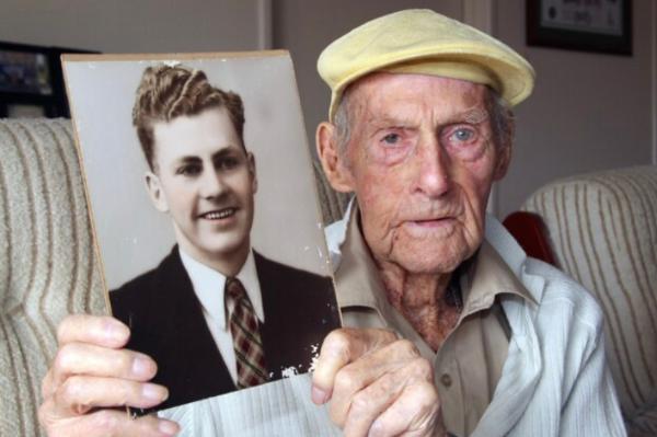 World War II POW Harold Martin dies aged 103