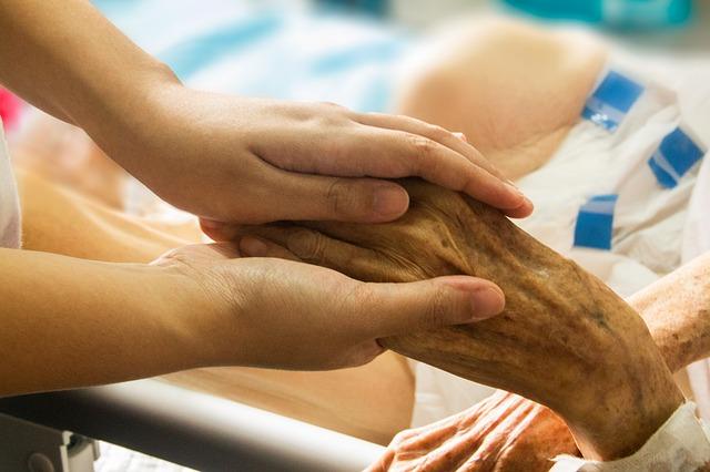 Palliative care support line a first in WA