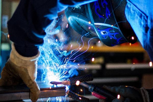 AMWU WA Secretary Steve Mccartney weighs in on Aussie manufacturing rates
