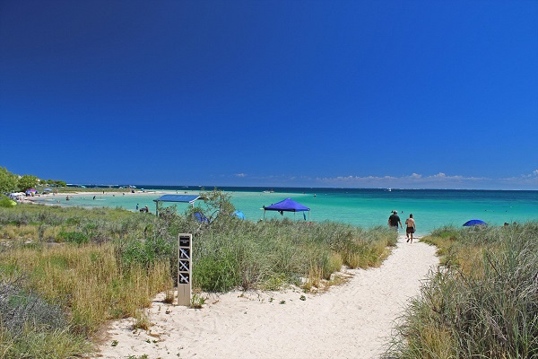 Article image for Should Coral Bay be gazetted as a town?