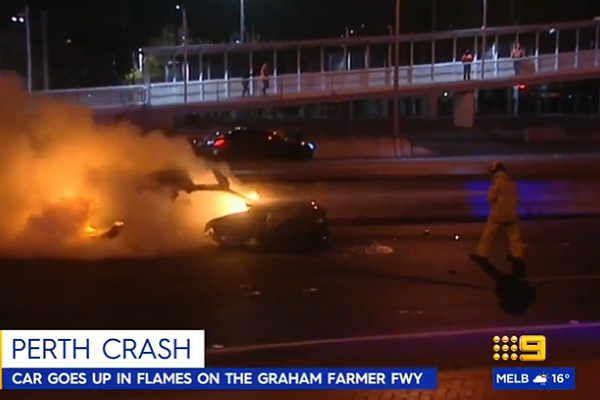 Police hunting driver who abandoned car after crash on Graham Farmer Freeway